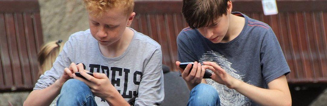 Jongeren & online media: appen, swipen en bingewatchen